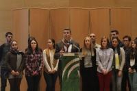 Antonio Manuel Rodríguez y los estudiantes del Laboratorio agradecen el premio recibido
