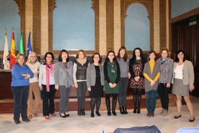 La Asociación de Mujeres Investigadoras y Tecnólogas piden colaborar con las Unidades de Igualdad de las Universidades