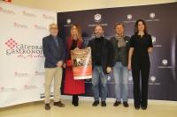 De izquierda a derecha, Pedro Poyato, Carmen Castilla, Luis Medina, Rafael Jordano y Aurora Ruiz.