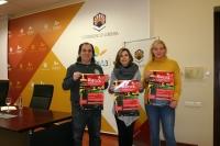 De izqda. a dcha., Javier Fernández, Rosario Mérida y Marga Suárez