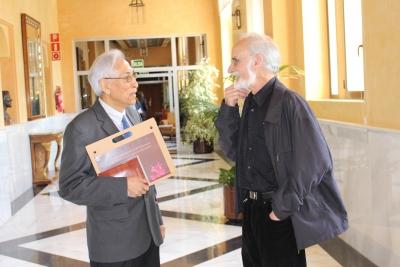 Edgar Montiel y Raúl Fornet conversan en el Rectorado de la Universidad de Córdoba