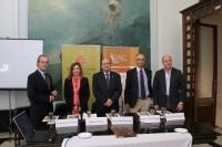 De izquierda a derecha, Manuel Guillén, Rosario Mérida, Federico Roca, Manuel Castillo y Antonio Corbalán