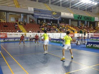 Un momento del encuentro de dobles femenino entre España y China