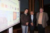 De izquierda a derecha, Christian Masquelier, Carmen Galán y José Luis Tirado
