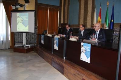 De izquierda a derecha, Luis Miranda, Antonio Cubero y Diego Medina, en la inauguración del Congreso