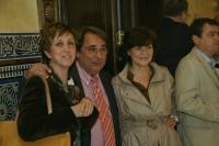 Isabel González, Eugenio Dominguez y Carmen Calvo siguen el escrutinio