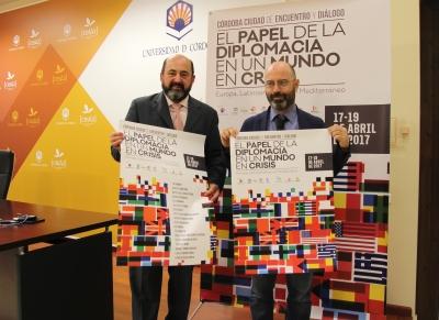 De izquierda a derecha, Manuel Torres y Luis Medina
