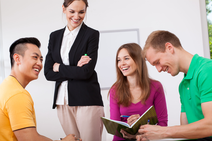 Cursos Regulares Semipresenciales de Inglés