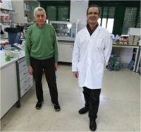 Researchers José Torrent and Vidal Barrón at the lab