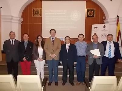 Autoridades académicas y responsables del  curso