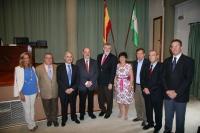 Autoridades y profesores homenajeados en el acto inaugural