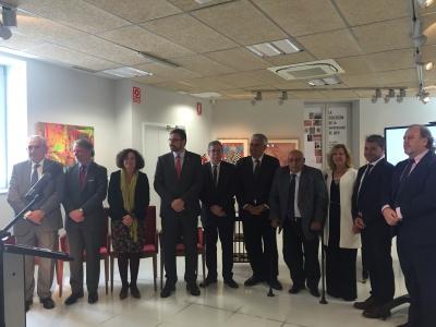Autoridades que han estado presentes en la entrega del premio.