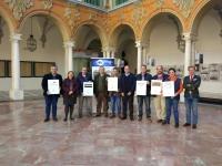 Organizadores del Congreso Internacional Científico-Profesional de Turismo Cultural, parte de los hosteleros de la ciudad, empresas del sector turístico (R. Carmona Fotografía y Ok located) y la Cátedra de Gastronomía de Andalucía de la Universidad de Córdoba.