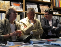 De izquierda a derecho, Pilar Citoler, Manuel Sonseca y Juan Manuel Bonet.
