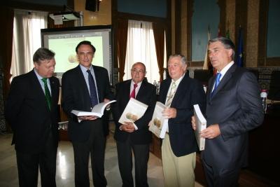 De izquierda a derecha, Juan José Primo Jurado, José Carlos Gómez, Joaquín Criado, José Cosano y Fernando López Mora