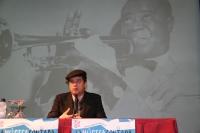 El cantante Santiago Auserón recuerda a Louis Armstrong en La Música Contada
