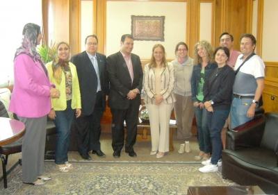 Profesores de la uco establecen lazos de colaboraci n con for Profesores exterior