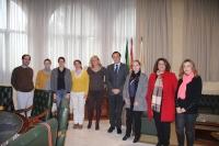 Representantes de la UCO y de la Asociación Nacional de Criadores de Ganado Bovino de Raza Cárdena Andaluza tras la firma del convenio