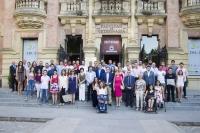 Foto de familia de autoridades, deportistas y patrocinadores