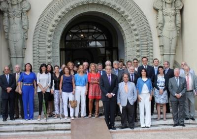 Foto de familia de autoridades asistentes a la inauguración del  OCIB