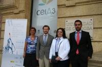 En la foto, los profesores de la Universidad de Córdoba Carlos Pérez Marín y Estrella Agüera y los investigadores Guillermo Vizuete y Laura Molina.