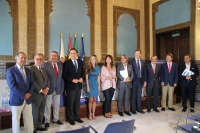 Autoridades asistentes a la presentación del reto 'Córdoba echa a andar'