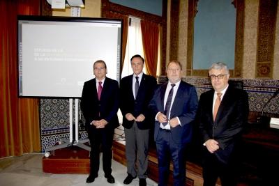De izquierda a derecha, José Manuel Pastor, José Carlos Gómez Villamandos, Francisco Luis Córdoba y Joaquín Aldás en la presentación del estudio.