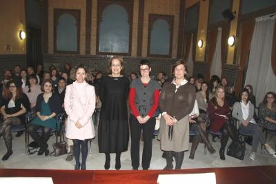 De izquierda a derecha, María Martínez-Atienza, Alejandra Osorio, Nuria Magaldi y Mª Ángeles Jordano al inicio del acto de bienvenida