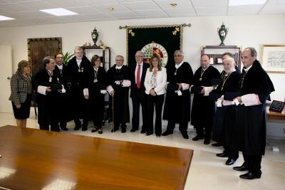 La presidenta y los rectores momentos antes de comenzar el acto de apertura