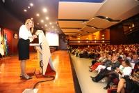 La presidenta de la Junta de Andalucía, Susana Díaz, en un momento de su interevención en el salón de actos del Rectorado.