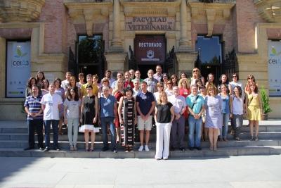 Foto de familia de asistentes a las jornadas