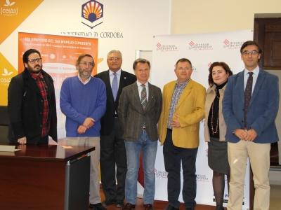Organizadores y patrocinadores en la presentación del Simposio del Salmorejo