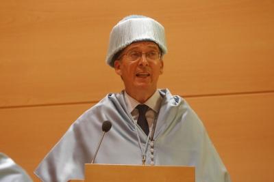 El catedrático Carlos Márquez en un acto académico.
