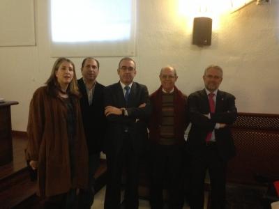El autor con los directores del trabajo y miembros del tribunal