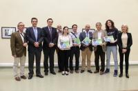 Autoridades y premiados en el certamen 'Imágenes para la ciencia UCO-2015'