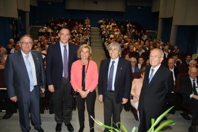 Juan Antonio Caballero, José Carlos Gómez Villamandos, Julia Muñoz, Luis de Córdoba y Agustín Gómez, al inicio del acto.