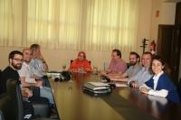 La ministra saharaui durante su reunión con integrantes del Grupo de Cooperación de las TICs de la Universidad de Córdoba