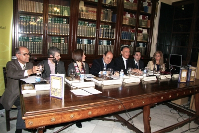Intervención del rector durante el acto celebrado en la Biblioteca del Círculo de la Amistad