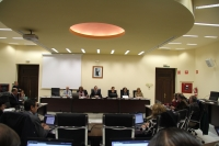 Vista general de la Sala de Consejo de Gobierno durante la sesión ordinaria celebrada hoy