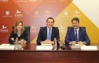 De izquierda a derecha, Rosario Mérida, José Carlos Gómez Villamandos y Ángel María Cañadilla