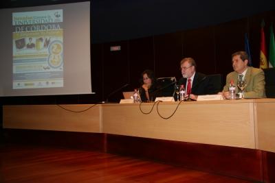 María José Romero, José Manuel Roldán y Pedro Montero en la inauguración de las jornadas