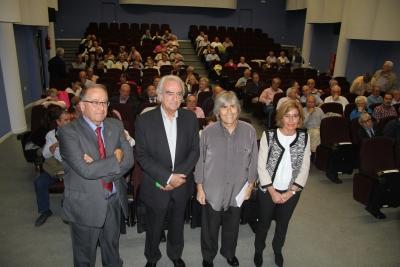De izqda. a dcha., Juan Antonio Caballero, José María Velázquez Gaztelu, Luis Pérez Cardoso y Julia Muñoz Molina