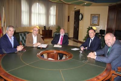 De izquierda a derecha, José Porras, Manuel Carmona, José María Fernández, José Carlos Gómez y Manuel Torralbo