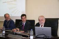 De izqda. a dcha., Graham Pawelec, Justo Castaño y Rafael Solana, en la inauguración del encuentro
