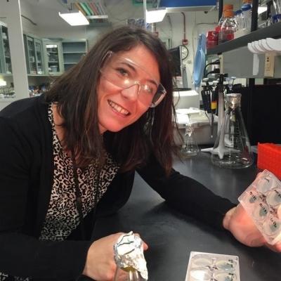 La investigadora del Departamento de Bioquímica y Biología Molecular Alexandra Dubini.
