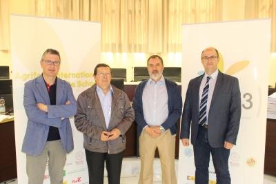 El jurado del premio ha estado integrado por Juan Jiménez Millán, José Pérez Arévalo, Ildefonso Caro Pina, José Luis Gómez Ariza y Miguel Palma Loguillo