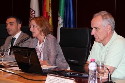 De izquierda a derecha, Alfonso Zamorano; Anabel Carrillo y Rafael Ruiz.