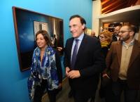 El rector y la alcaldesa de Córdoba durante el recorrido por las nuevas instalaciones