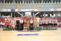 El rector con los medallistas de Baloncesto Masculino