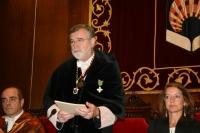 El rector, durante su discurso